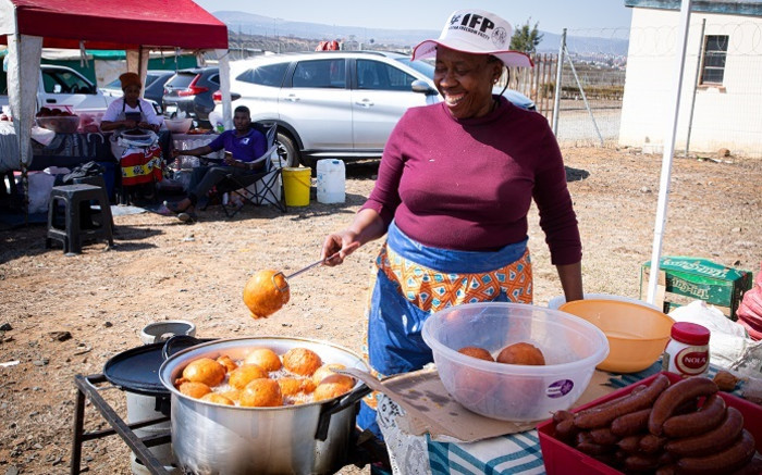 IN PICTURES: Entrepreneurs brave sweltering KZN heat at IFP conference