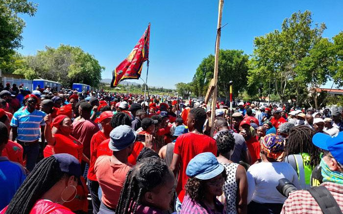 Premier Winde slams EFF for not sticking to agreement over Brackenfell protest