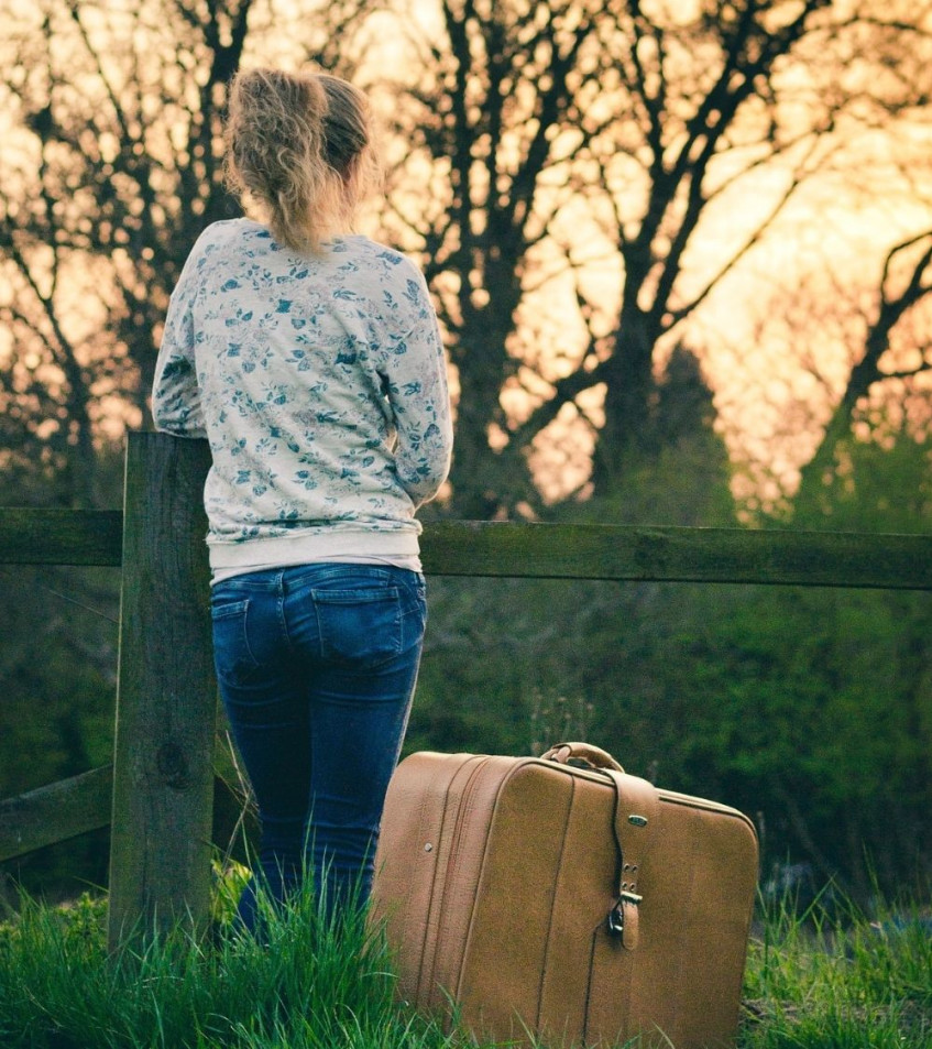 Tips on how to ask visitors to leave - politely