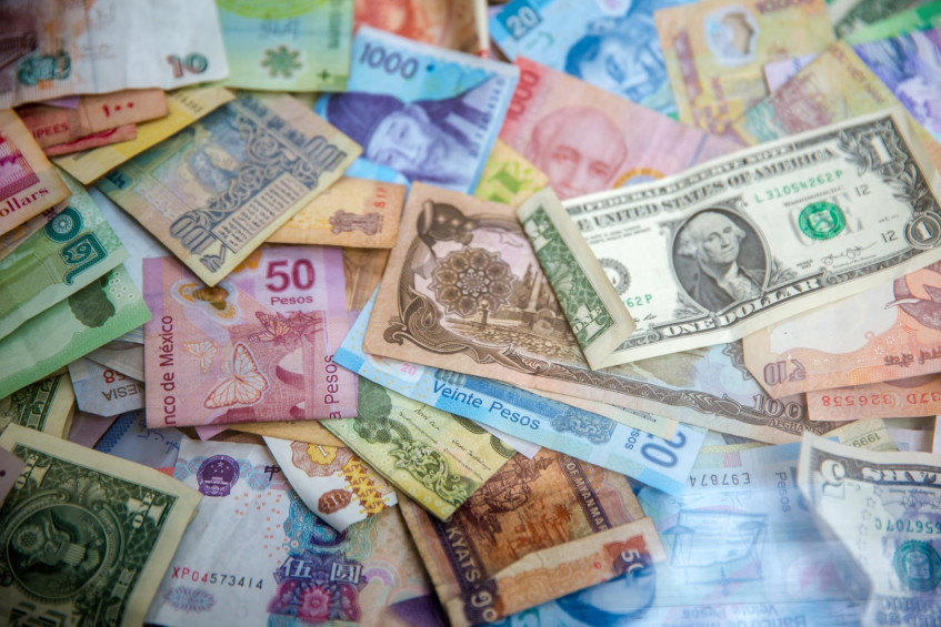 The Rand traded below R14.30 to the US dollar for the first time in 14 months