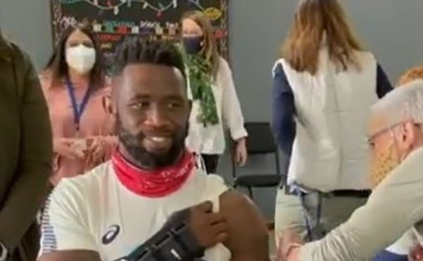 [WATCH] A nervous Siya Kolisi gets his jab and urges everyone to get vaccinated