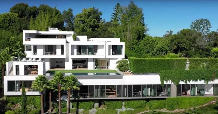 [WATCH] Inside Trevor Noah's new $27 million Bel Air mansion