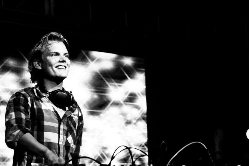 Swedish Music Producer Avicii Passes Away, including tribute montage