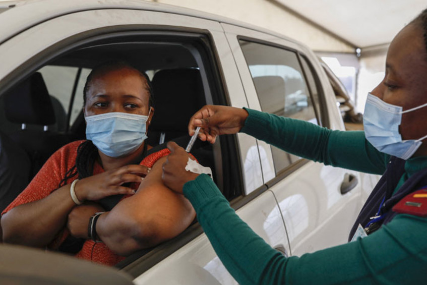 6.1m South Africans now fully vaccinated against COVID-19 - NICD
