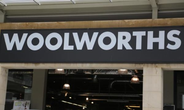 Woolies pilots smart recycling machines at two CT stores