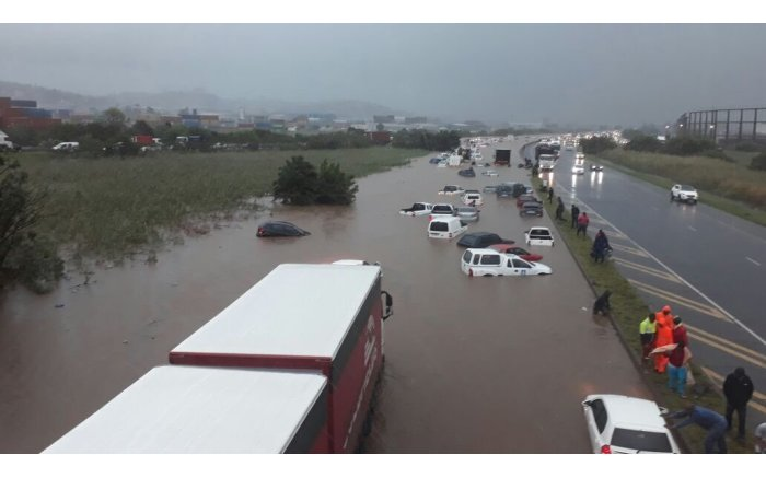 Flooded N2 #DurbanStorm
