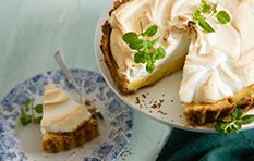 Lemon meringue is awesome. Here's how to make it (it's easy as delicious pie)