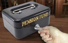 [LISTEN] 3 reasons why you should never cash in your pension fund