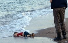 Horrific picture drives refugee crisis message home