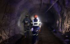 Almost 1,000 miners trapped underground at FS mine