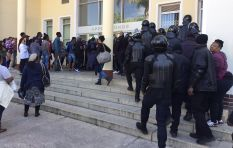 Stun grenades, teargas fired to disperse Stellies protesters