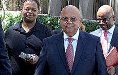 Gordhan refuses to intervene in the battle between Guptas and SA banks