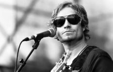 Arno Carstens to rock the stage at Vergenoegd