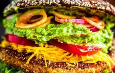 Health guru enlightens listeners with philosophy of mindful & conscious eating