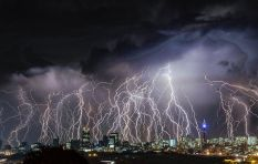 Dramatic photos of lightning strikes gets early morning twitter abuzz