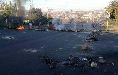 Diepkloof residents burn tyres, barricade roads