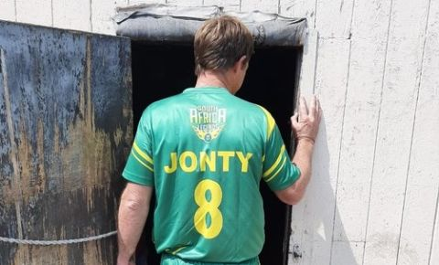 jonty-rhodes-cricket-twitter-pic