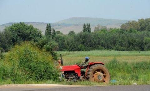 farmworker-tractor-ewnjpg