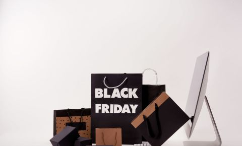 Black Friday shoppers shopping consumerism 123rfbusiness 123rflifestyle 123rf