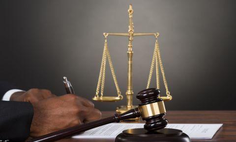 Judge courts justice judgment law legal 123rflegal 123rflaw 123rfpolitics 123rf