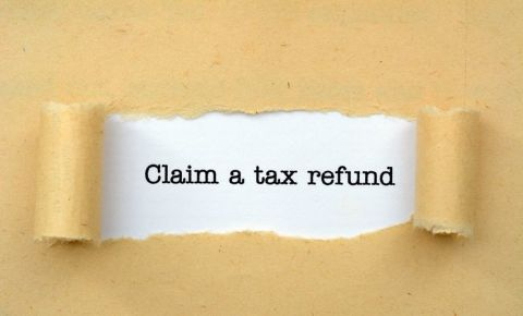 tax-e-filing-tax-refund-claim-SARS-taxpayer-paper-work-123rf
