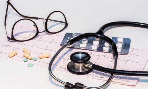 doctor-stethoscopejpg