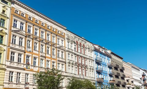 Berlin-apartments-Prenzlauer-Berg-district-building-Germany-123rf