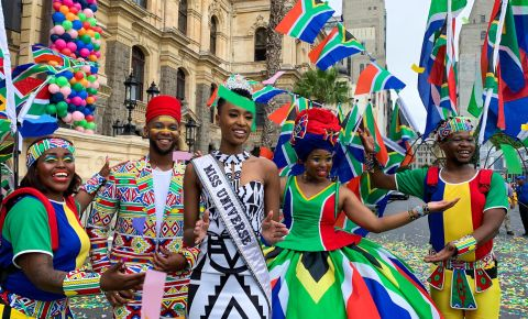 Zozibini Tunzi outside Cape Town City Hall, Kaylynn Palm - EWN