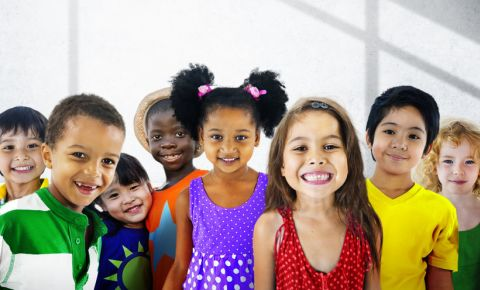 children-diversity-multiracial-friendships-kids-smiling-school-creche-class123rf
