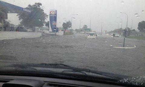 130828-Edgemead-floods .jpg