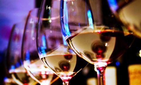 wine-glassesjpg