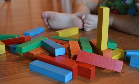 child-toddler-toys-building-blocksjpg