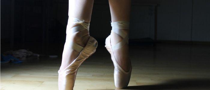 ballet-pointe-shoesjpg