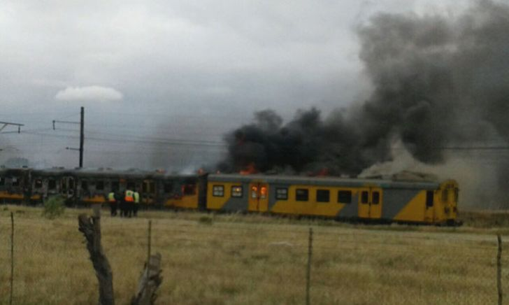 Train carriages on fire in Cape Town