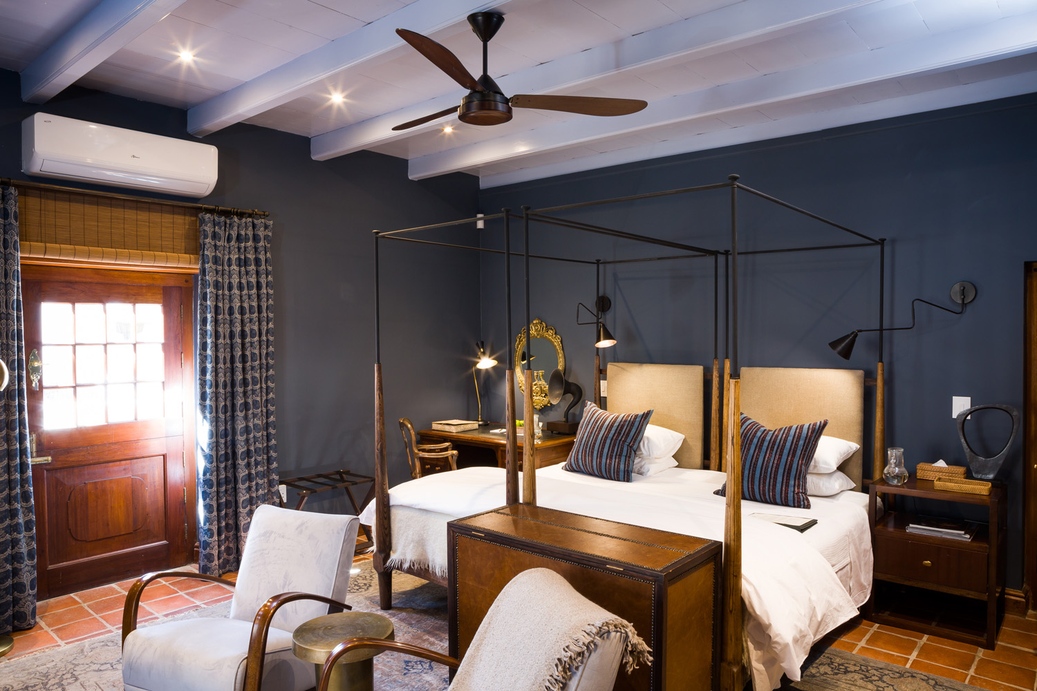 IMMERSE YOURSELF AT AKADEMIE STREET BOUTIQUE HOTEL – YOUR IDEAL ROMANTIC GETAWAY