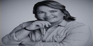 Mandy Wiener 1500 x 1500 BW