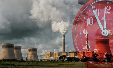 coal-powered-power-station-belching-smoke-clock-ticking2jpg