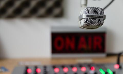 mic-studio-onairjpg