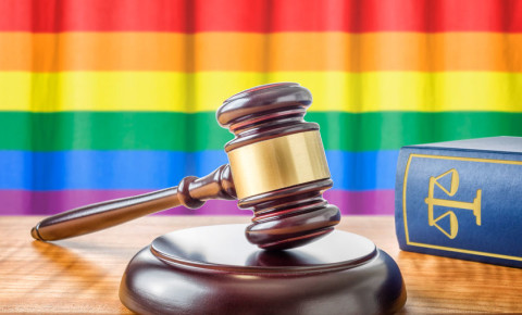 rainbow-flag-lgbtiq-lgbt-lgbti-gay-rights-homosexuality-law-gavel-court-123rf