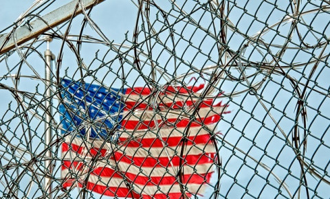 prison-barbed-wire-us-flagjpg