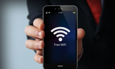 wifi-internet-data-broadband-cell-phone-mobile-device-network-providers-123rf