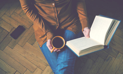 book-reading-writing-author-book-literature-reading-novel-123rf