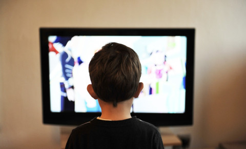 children-tv-watchingjpg