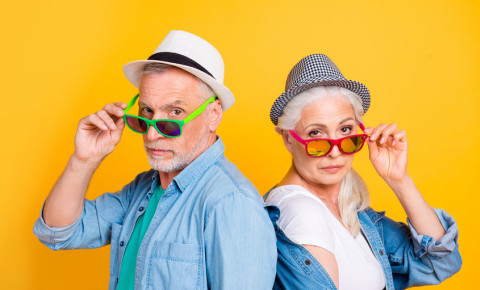 Funky hipster retired older mature couple 123rf 123rfbusiness retirement