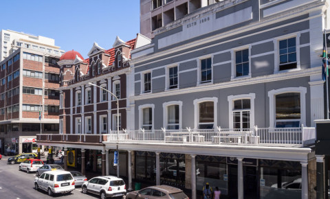 cape-town-cbd-parking-long-street-city-centre-shops-buildings-cars-123rf