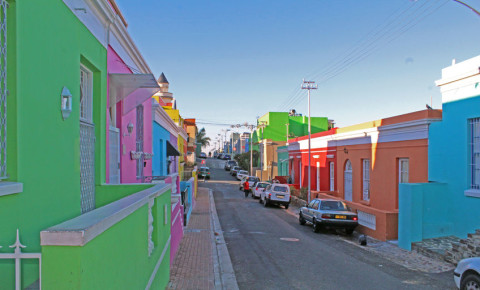 Bo-Kaap-Cape-Town-colourful-houses-street-