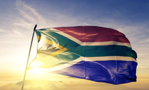 south-african-flag-waving-at-sunrisejpg