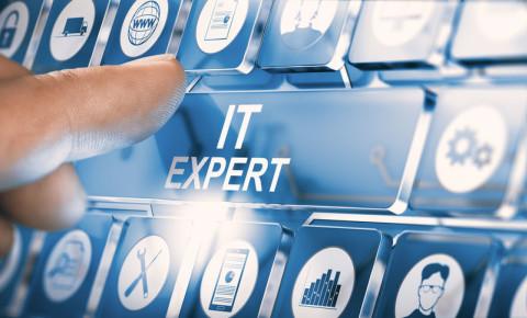 IT solutions e-commerce internet 123rf