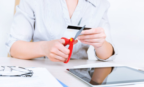Cut credit card debt 123rf 123rfbusiness 123rflifestyls