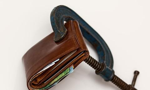 Wallet squeeze broke pexels